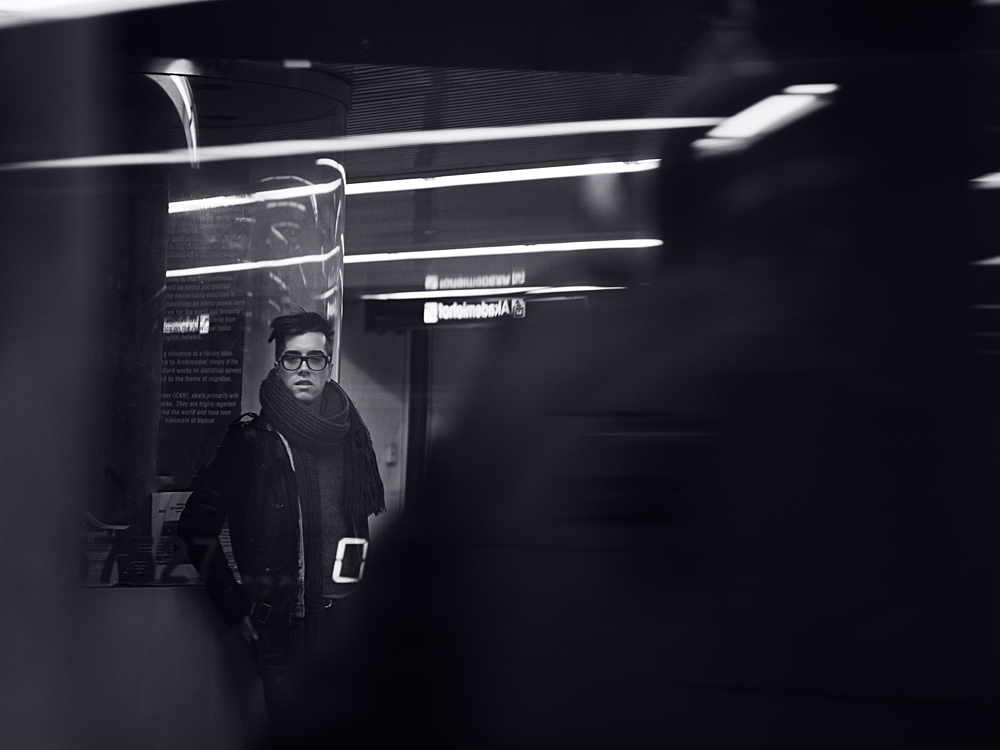 night, photography, portrait, vienna, naschmarkt, adrian dorfmeister