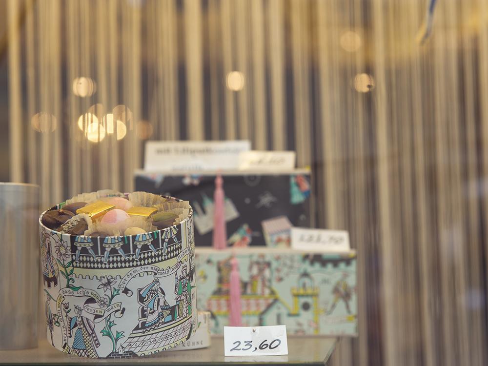 altmann & kuehne, confiserie, chocolate, praline, vienna, graben, handmade, vintage
