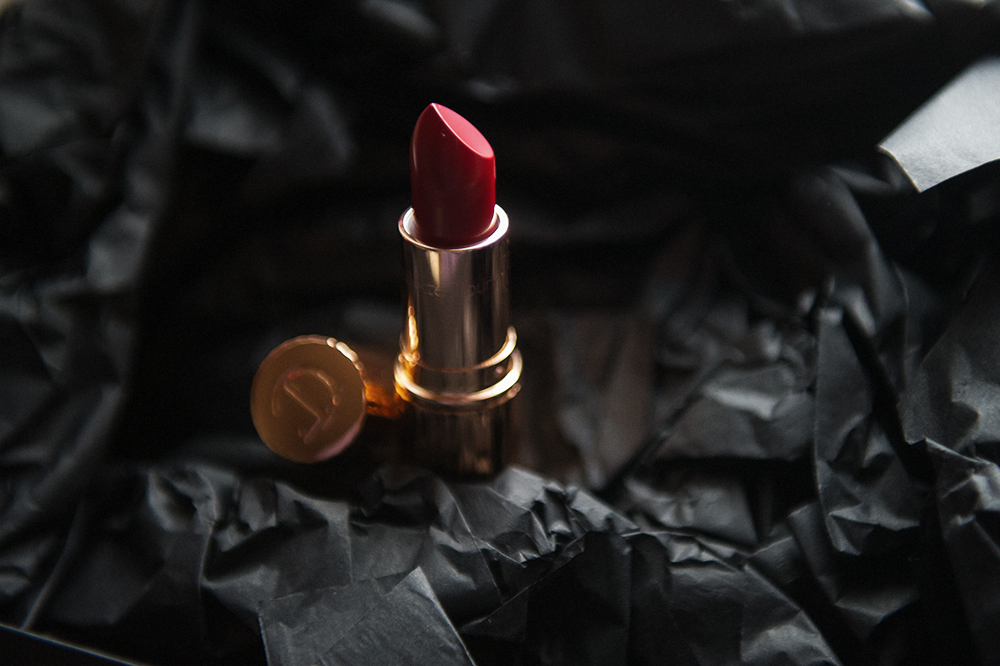 charlotte tilbuty, oh so marylin, lipstick, red, glamour