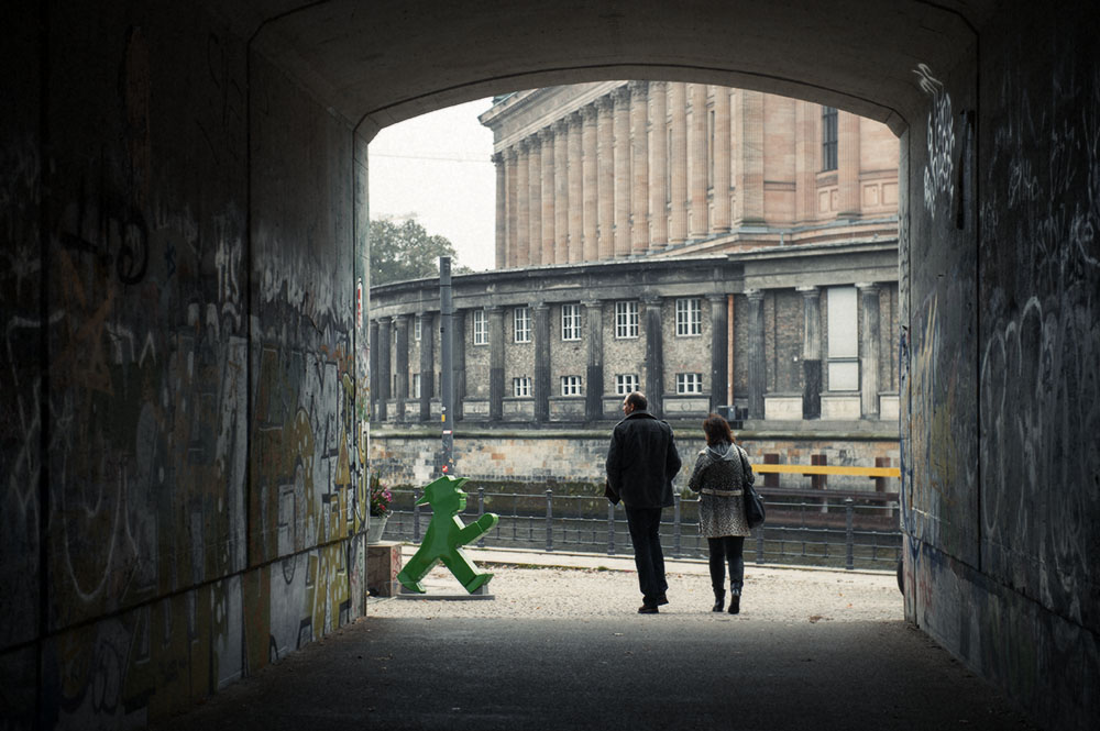 Berlin, Museumsinsel, autumn, Ampelmännchen