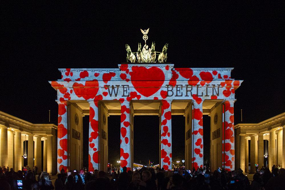 berlin, festival of lights, love, germany, dark, night, brandenburger tor