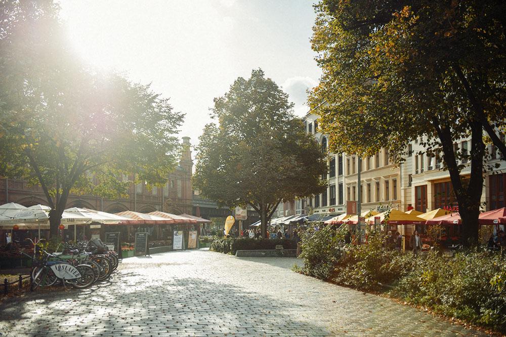 berlin, hackescher markt, sun, autumn, golden