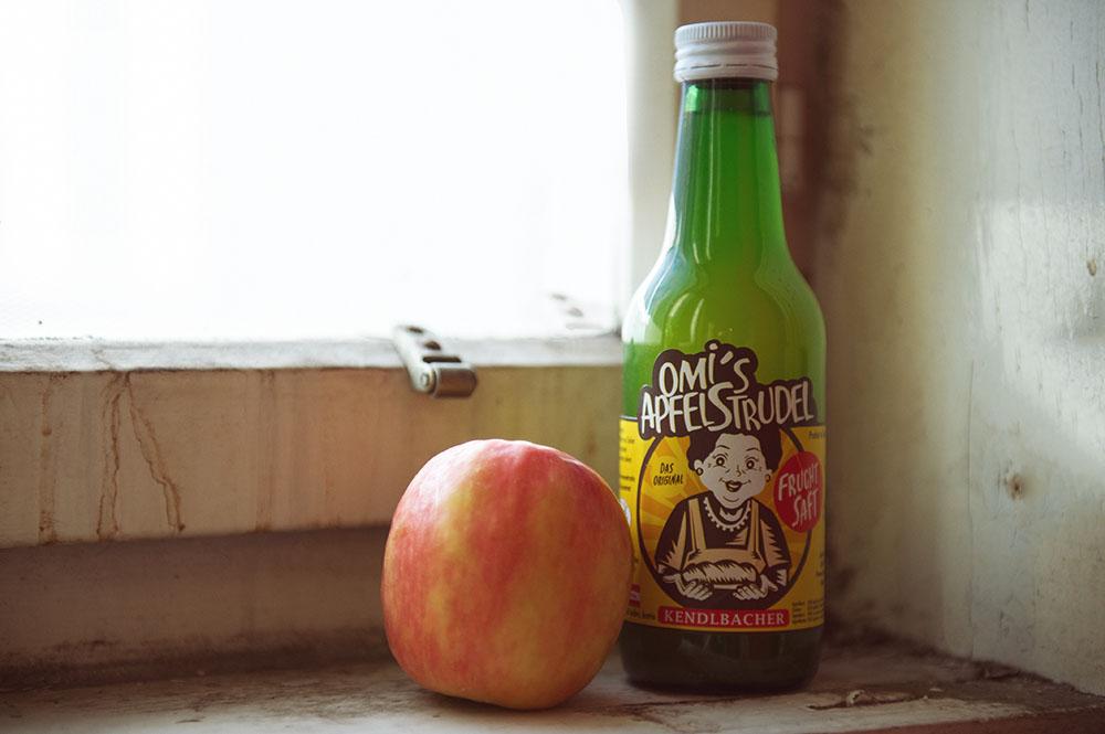 apple, juice, omi´s apfelsaft, steiermark, made in austria, handmade