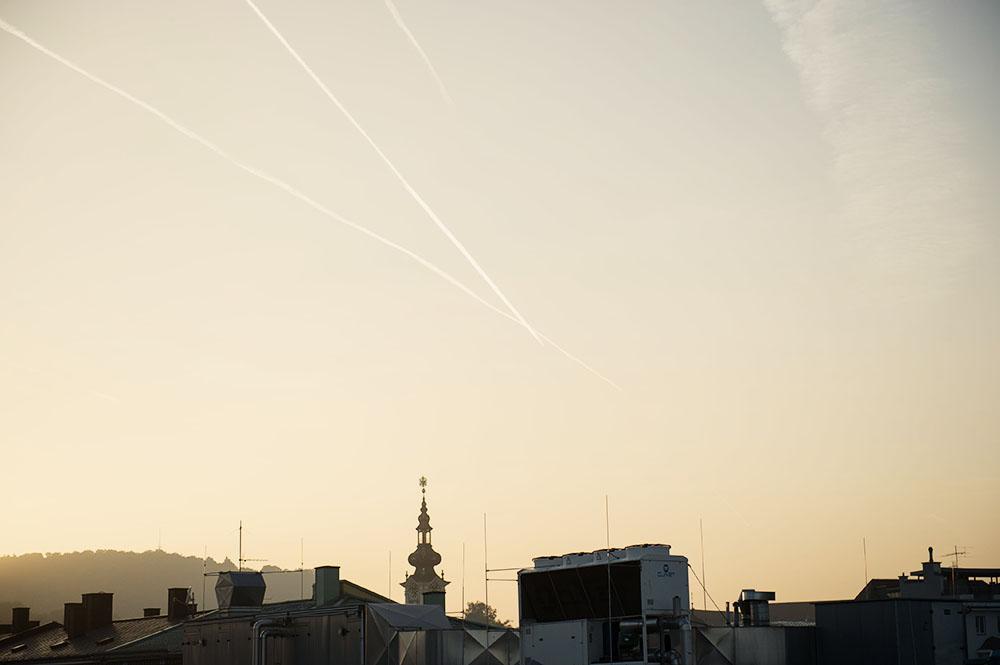 hoehenrausch, linz, city, roofs, from above, sunset, art, installation