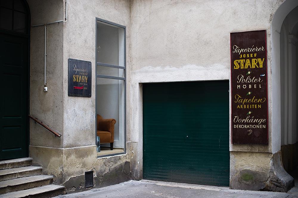 kurrentgasse, vienna, dekorateur, vintage, signs