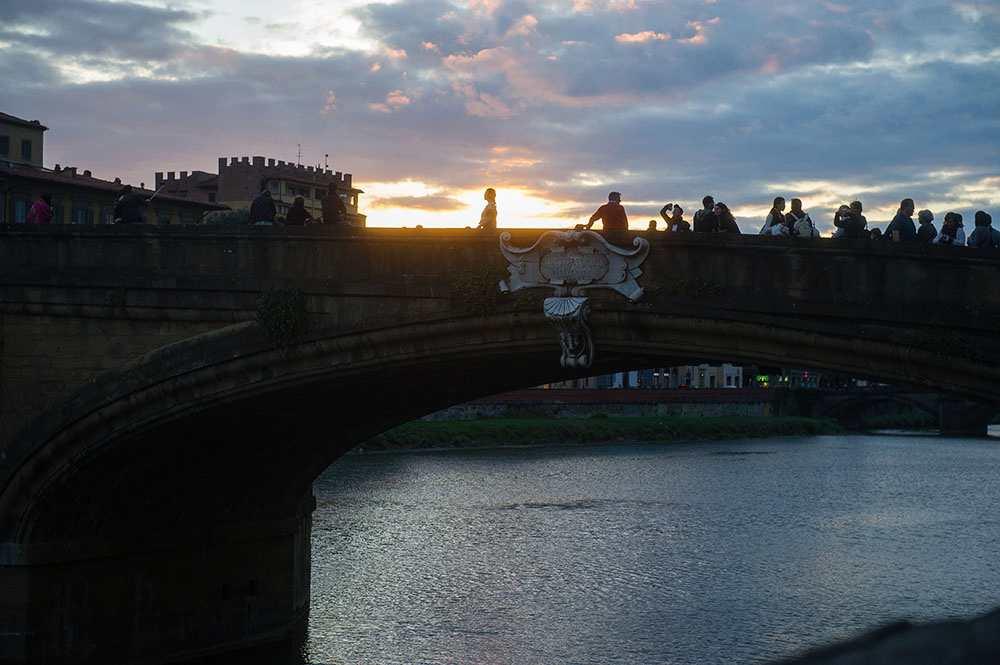 ponte vecchio, bridge, arno, florence, river, italy, sunset, blue hour, ponte santa trinita