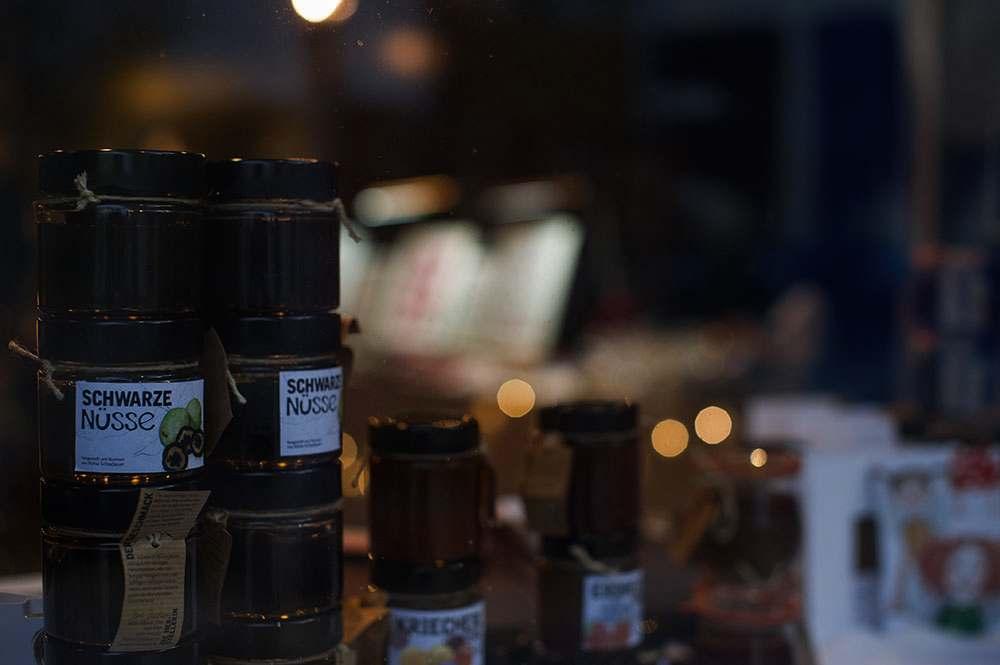 halligalli, badeschiff, donaukanal, vienna, 1010, christmas, market, design, art, craft