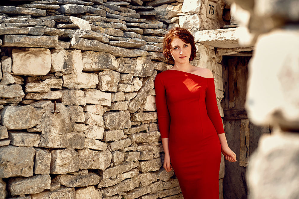ursula schmitz, destination shoot, dream shoot, designer, portrait, italy, alberobello, trullo