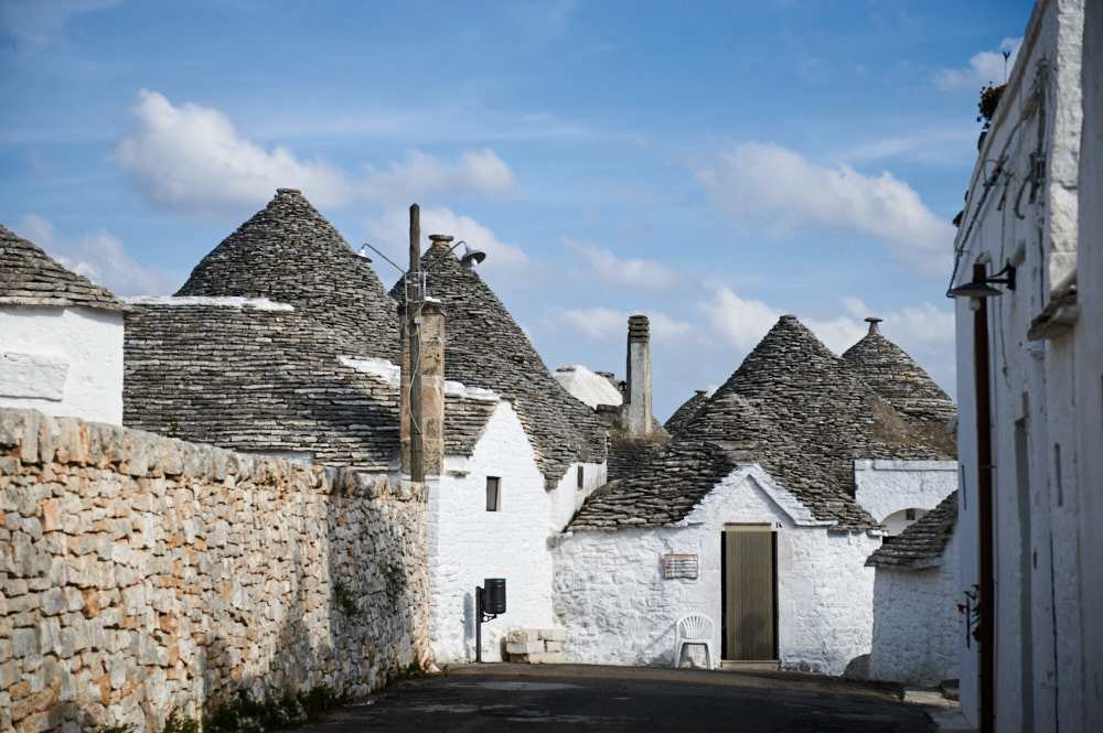 alberobello, puglia, trulli, trullo, italy ,my big fat italian roadtrip, white, house
