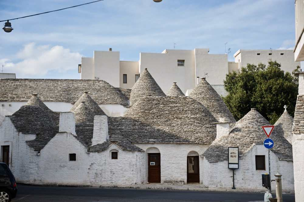alberobello, puglia, trulli, trullo, italy ,my big fat italian roadtrip, white, house