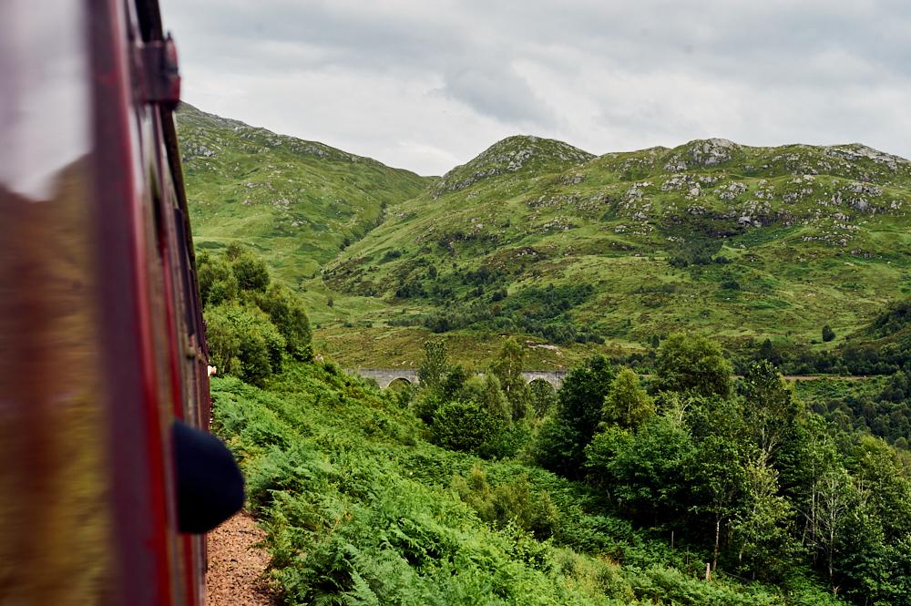 jacobite train, west coast railways, scot ail, rail, journey, scenic, glenfinnan viaduct, harry potter, steam train, scotland, uk, ursula schmitz, my trip to the highlands