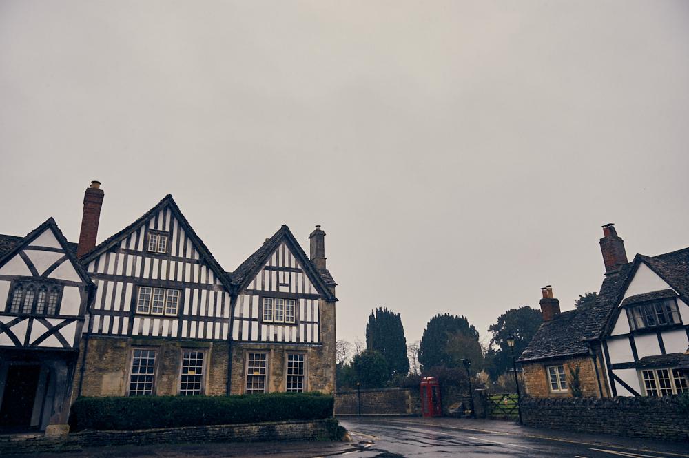 lacock, wiltshire, cotswolds, england, uk, britain, village, movie location, winter, snow