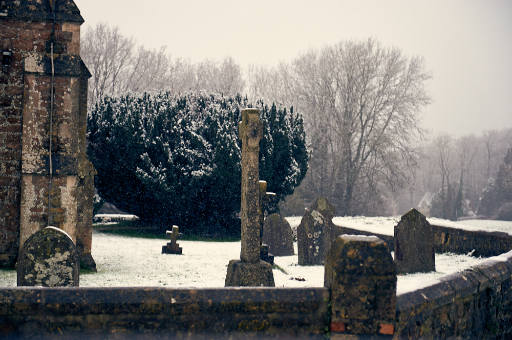 lacock, wiltshire, cotswolds, england, uk, britain, village, movie location, winter, snow