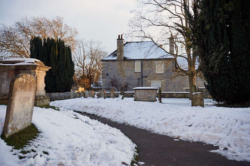 bampton, downton abbey, cotswolds, uk, england, oxfordshire, movie location, tv show, snow, winter wonderland