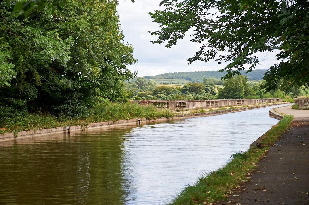 lune aqueduct, river lune, lancaster canal, lancasterm england, lancashire, uk, photos and the city
