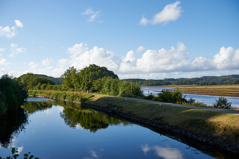 crinan canal, bellanoch, scotland, argyll & bute, summer, my british summer, travel, walking, path, water, loch, sea