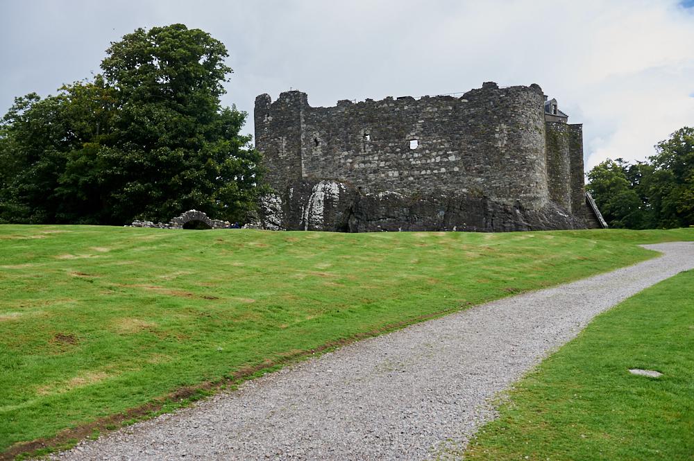 dunstaffage castle, oban, argyll, bute, scotland, castle, the campells, ruins, walls, summer, my british summer