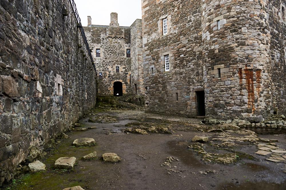 blackness castle, scotland, outlander, tv show, lothian