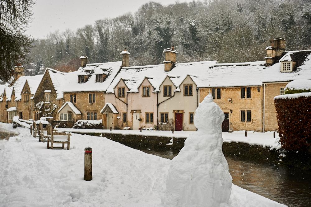 england, uk, winterwonderland, snow, winter, travel, castle combe, the cotswolds, cottages,