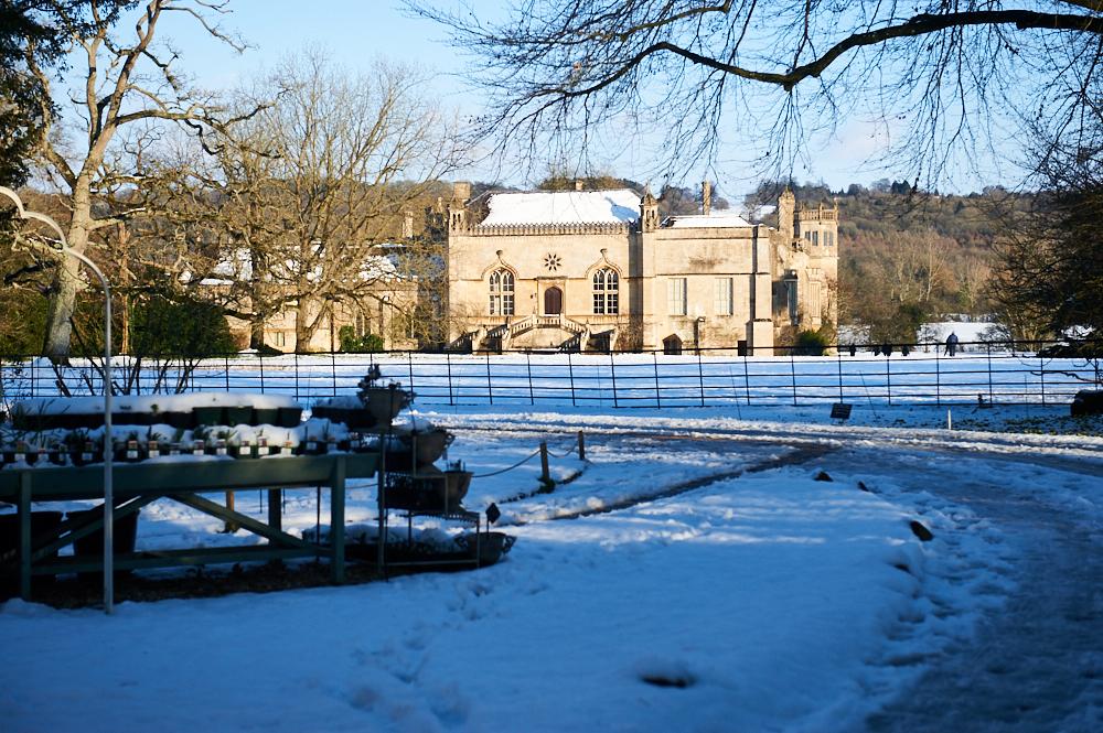 lacock, lacock abbey, harry potter, downton abbey, the cotswolds, wiltshire, england, uk, travel, snow, winter wonderland, sunshine, blue sky