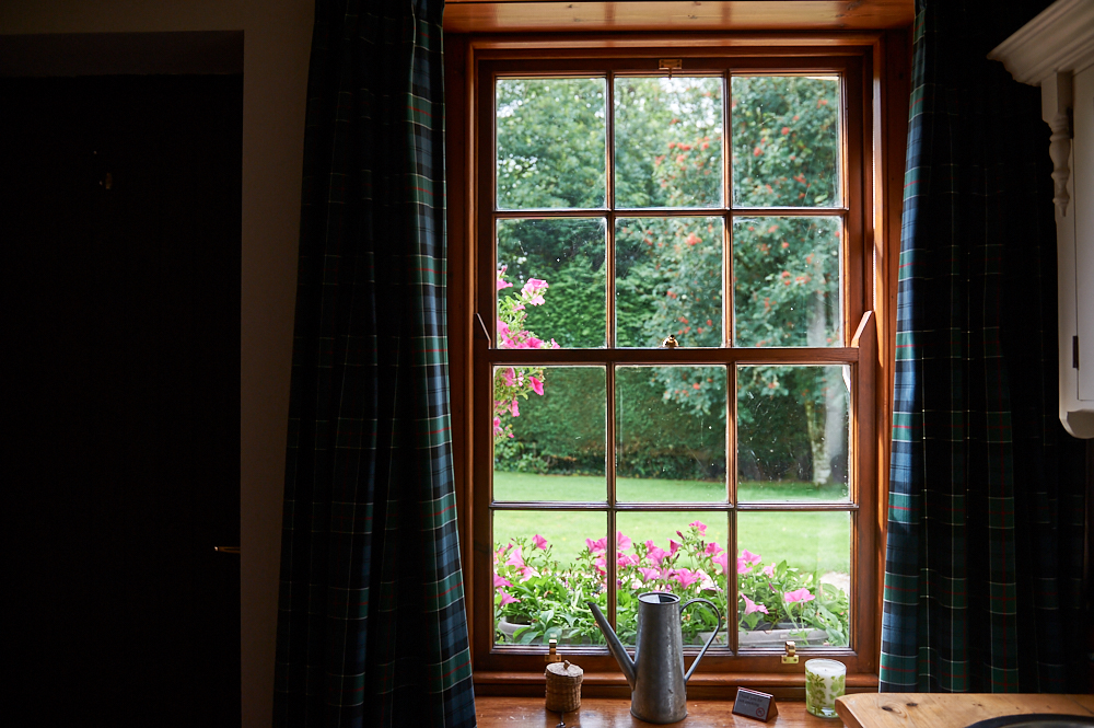 scotland, uk, my british summer, travel, roadtrip, photos and the city, loch lomond, gardeners cottages,
