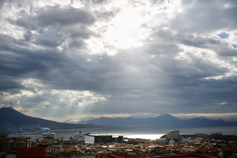 napoli, naples, italy, travel, driving, guide