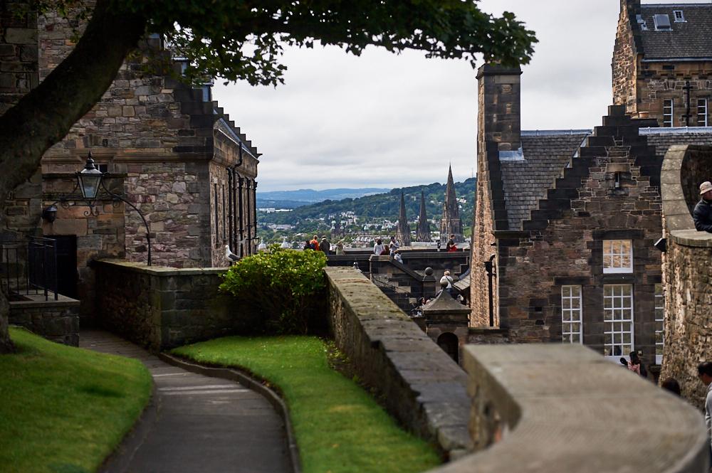 edinburgh, scotland, uk, photos and the city, fringe festival, castle