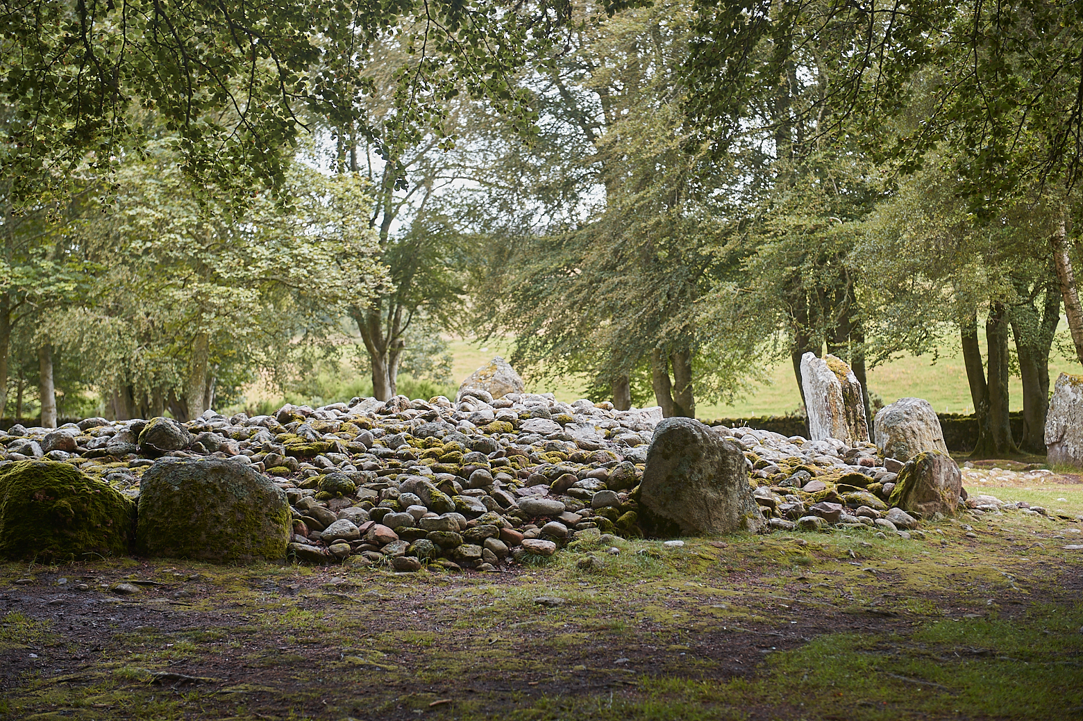 Visiting the Prehistoric Burial Cairns of Balnuaran of Clava, a 2000 year old burial place near Culloden, Scotland.